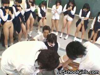 Kuum seks tüdruk sisse kool klassiruum