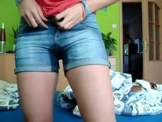 Adolescente pee & bates