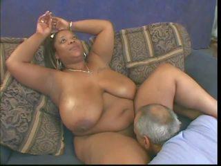 noir et métisse, interracial, gros seins naturels