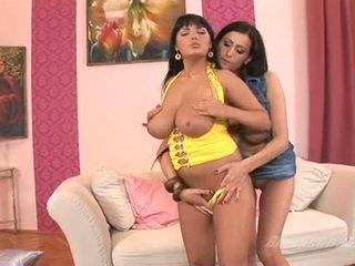 Netīras medus jūtīgas jane receives likewise karstās līdz rokturis indoor ar viņai krūtainas lover