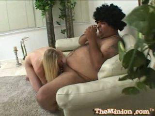 Aaliyah jolie makan mati sebuah kecil kontol dari sebuah cubby chap