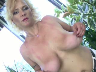 Old Super Hot Mature Mom with Perfect Big Tits: HD Porn ef