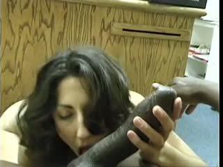 Asian-pakistani rambut coklat sucks besar hitam dravidian titit