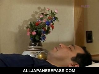 Makiko miyashita dat has haar honing pot fingered
