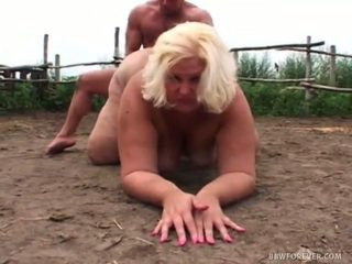 अश्लील overweight screwing में pig क्षेत्र