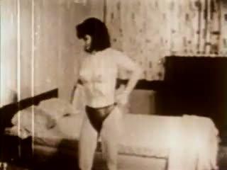 Merry Poppins: Free Vintage Porn Video 94