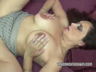 Alesia plezier takes een lul in haar rijpere twat