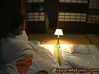 Chisato shouda bello matura giapponese
