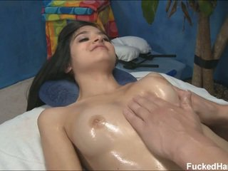 Сладурана мършав zoey receiving масаж