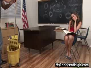 голям порнография ви, реален колеж горещ, шега колежа момиче виждам