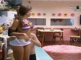 Big-brother-brasil-10-big-bunda-brasil-cacau-claud