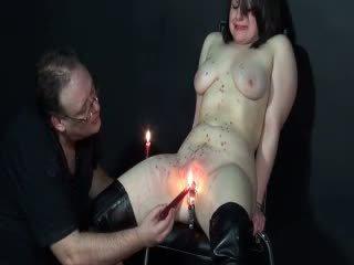 Amateur slaveslut alice chatte tortured