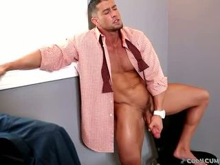 Dun bleek jonge homo takes muscle daddy lul