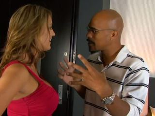 Trina michaels sucks czarne kutas i eats sperma w łóżko później stripping