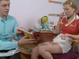 Jauns un uzbudinātas meitene 3, bezmaksas uzbudinātas jauns meitene porno video cf