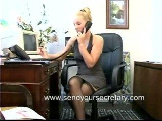 סקס במשרד, מזכירה, זיון במשרד