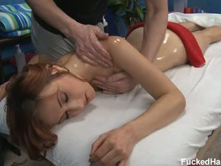 Sexy 18 année vieux chaud salope