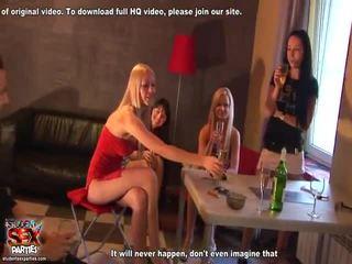 Misturar de filmes a partir de estudante sexo parties