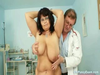 Reif daniela has sie massiv mambos checked von gyno doktor