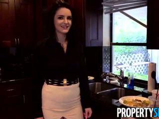 Propertysex - careless nyata estate agent fucks bos untuk menjaga dia pekerjaan