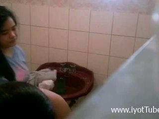 Lupet ng boso - душ прихований камера