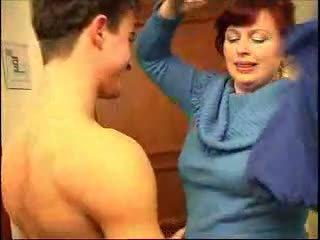 Nephew fucks su gorda tía