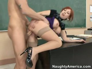 Brittany oconnell getting pounded pe ei în spatele doggyway