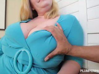 Barmfager bbw milf tiffany blake loves mørk pikk - porno video 731